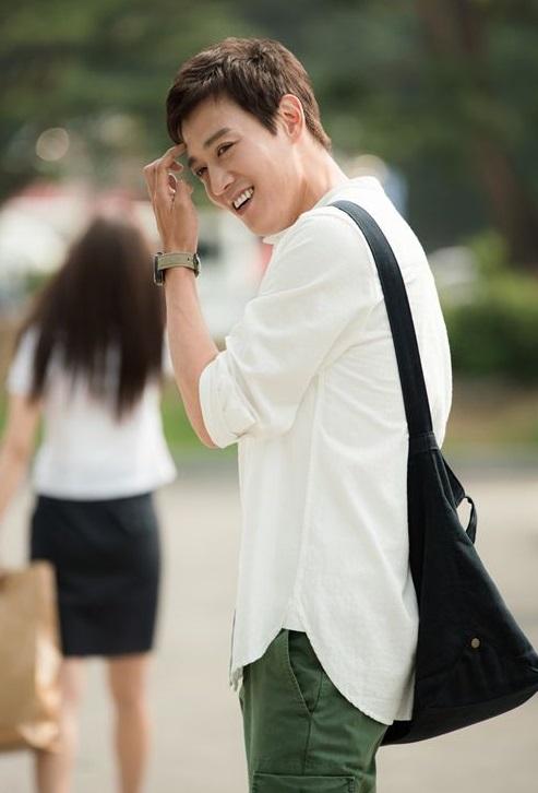 kim-rae-won1.jpg