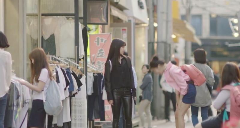 park-shin-hye-black-on-black-leather.png