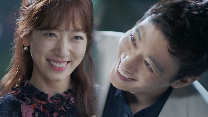kim-rae-won-and-park-shin-hye-star-in-the-sbs-drama-doctors.jpg